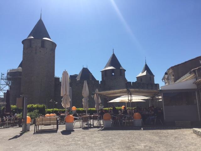 Location vers cité de Carcassonne 1